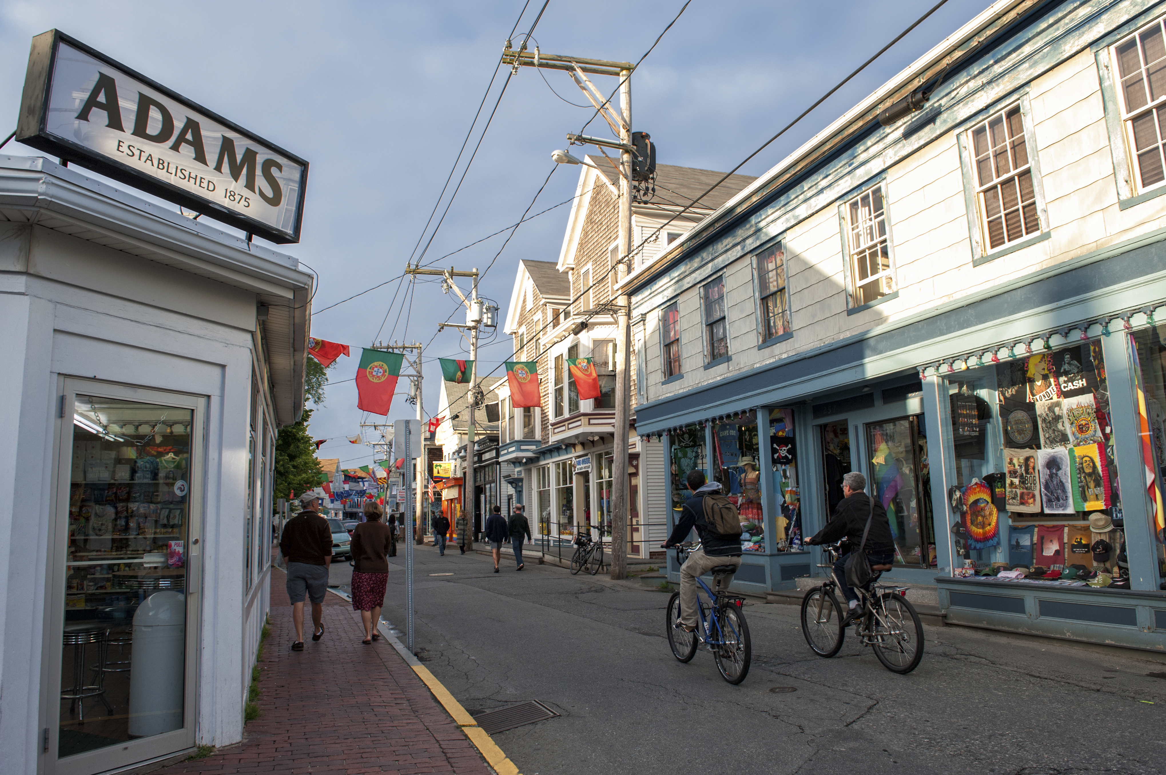 Hyannis Bars And Restaurants