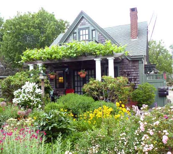 ProvincetownGarden2